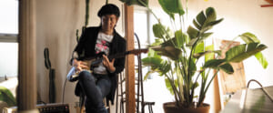 Interview|音楽生活45周年を迎えた是方博邦の現在地。