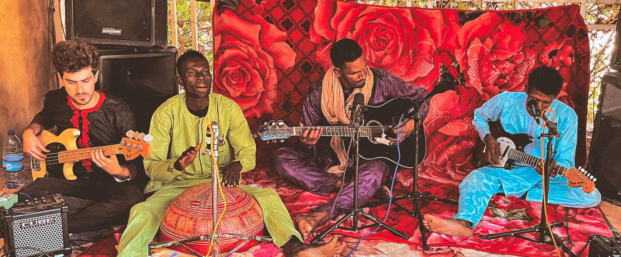 Interview|エムドゥ・モクター砂漠で鳴り響く激情のギター